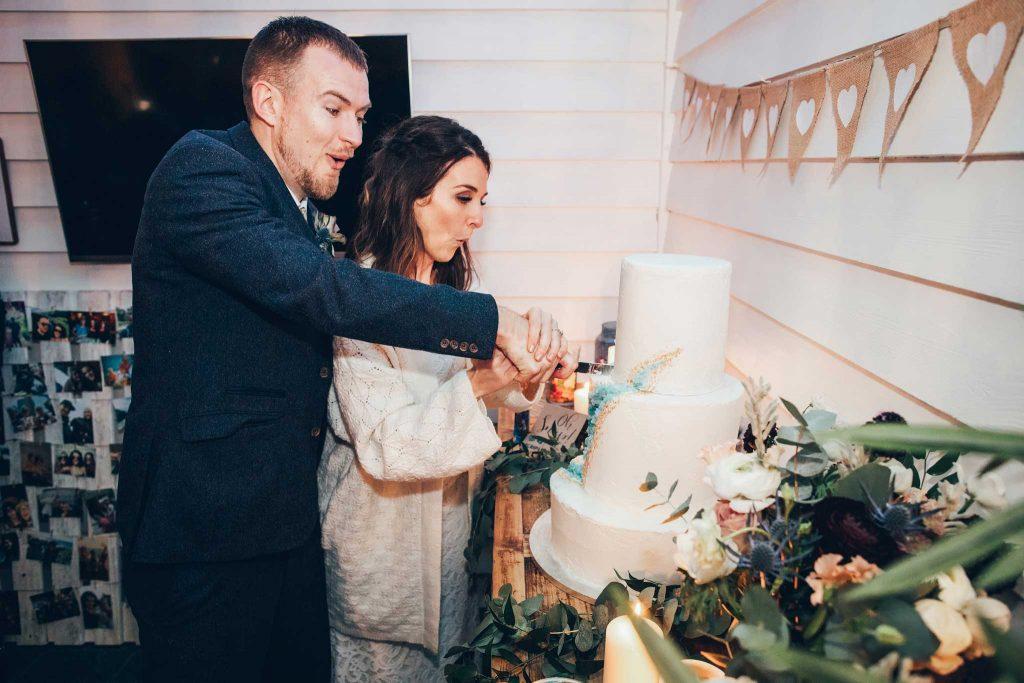 Tunnels Beaches wedding cake